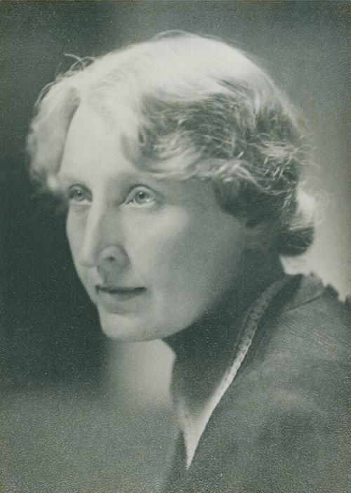 Martta Wendelin. Kuva vuodelta 1943