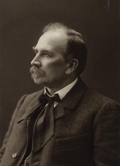 J. H. Erkko 1904. Kuva Otavan Kuvaarkisto